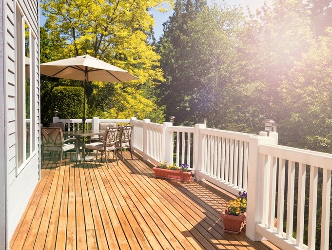 The Pros and Cons of Cedar Wood Decking Material