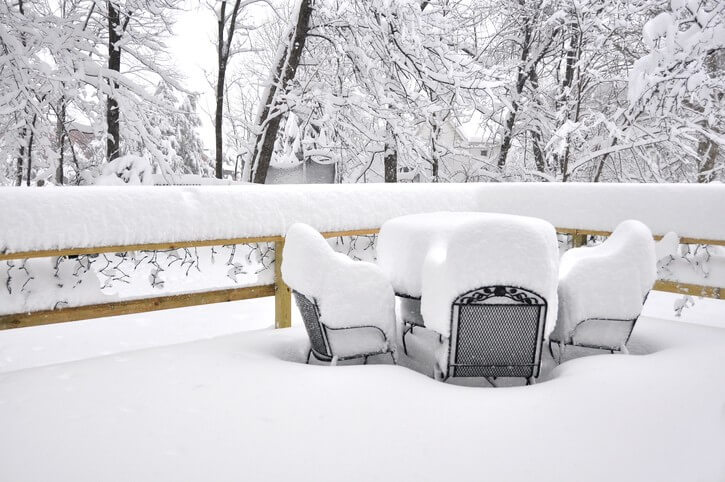 How Well Will Your Deck Materials Stand Up to Our Harsh Edmonton Winters?