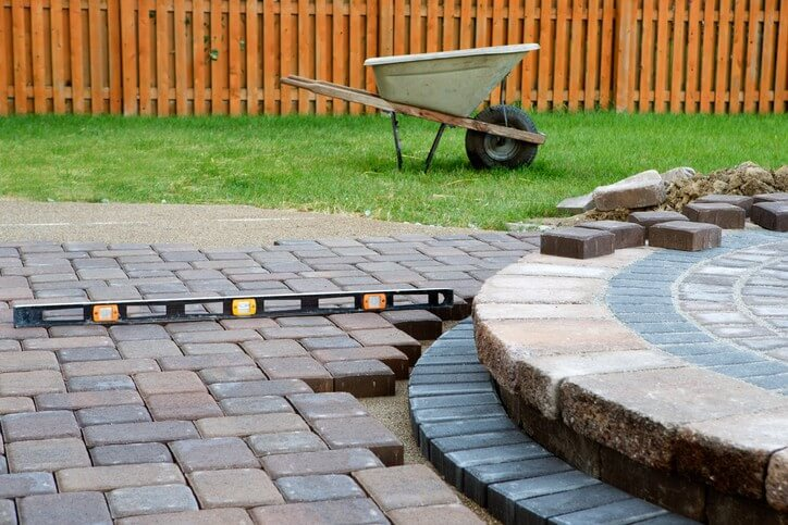 How to Lay AZEK Patio Paving Stones